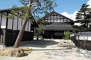 グッドデザイン賞を受けた 「北金沢の古民家再生」の住宅=いずれも金沢市内で