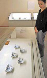 小堀遠州が愛用した茶道具などを集めた企画展=福井市愛宕坂茶道美術館で