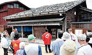 北国街道沿いにあった国重要文化財の旧松下家住宅=いずれも金沢市湯涌荒屋町で