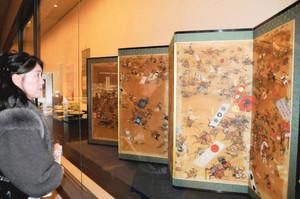 きめ細かく描かれた姉川合戦図屏風=福井市大宮2の県立歴史博物館で
