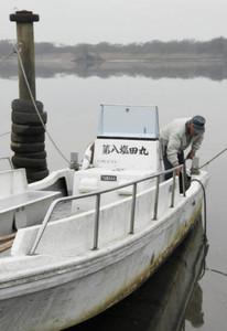 3月末で廃止される県営日原渡船=愛西市塩田町の木曽川で