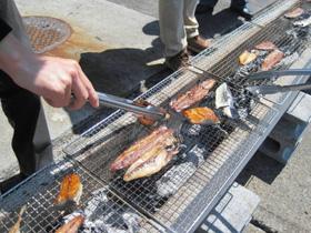 炭火で焼いて味わう干物