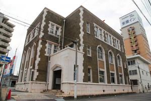 81年前に建てられた尾西繊維協会ビル。昭和初期の繊維業界の繁栄を象徴している=一宮市栄で