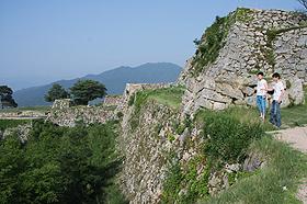 「天空の城」として人気が高まっている国史跡・竹田城跡