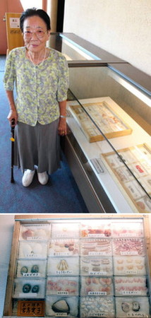 (上)70年かけ貝殻を収集した宮島愛子さん(下)宮島さんの標本の一部=いずれも射水市新湊博物館で