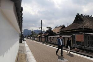 藩政期の下級武士の住宅が残る「御徒士町武家屋敷群」=いずれも兵庫県篠山市で