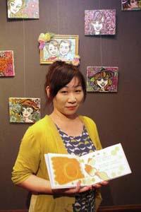 家庭と仕事、趣味の両立を楽しむ小村真由美さん=いずれも金沢市のワクナミトネリコで