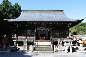 日本刀を学ぶ調査会が開かれる春日神社=関市南春日町で
