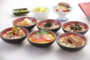 東部湯の丸サービスエリア(上り線)で提供されている「信州六文膳」
