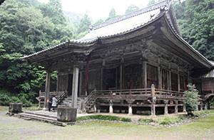 「三献の茶」の舞台といわれる大原観音寺=滋賀県米原市で
