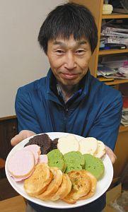 高山らしい味のラスクを紹介する石本さん=高山市片野町1の「石本製菓」で