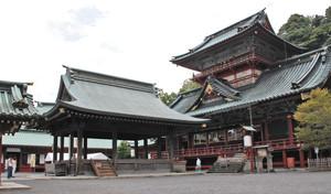 静岡浅間神社の迫力ある大拝殿