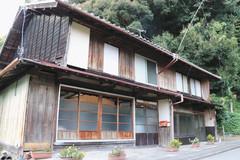 明治30年に田代家が造り、筏師らが利用した船宿=9日、浜松市天竜区二俣町で