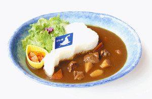 4月2日からミュージアムレストランで提供される「びわ湖カレー」=草津市下物町の県立琵琶湖博物館で