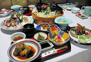 磯料理・荒磯のクエ1人5250円のコース(2人前)