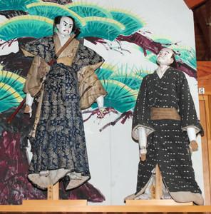 展示されている人形=豊田市黒田町の市稲武郷土資料館で