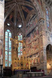 修復が完了したサンタ・クローチェ教会大礼拝堂の壁画
