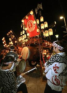 桑名の石取祭=昨年