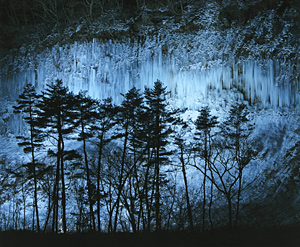 白川氷柱群ライトアップ=2010年撮影