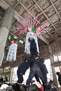 花奪(はなば)い祭り=2015年1月