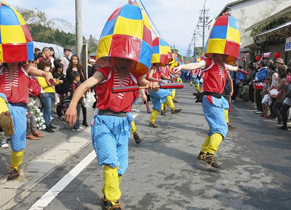 杵振り花馬祭り=2013年