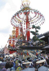 高岡御車山(みくるまやま)祭=昨年