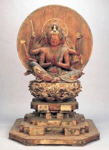 今回の目玉となる中山寺の国重要文化財「木造馬頭観音坐像」=県提供
