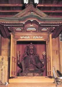 馬居寺の国重要文化財「木造馬頭観音坐像」=県提供