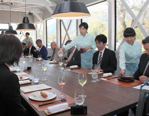 遺跡で福井ならではの料理を提供する「一乗谷レストラント」=福井市城戸ノ内町で