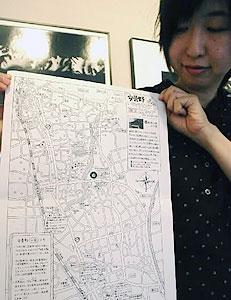 地図の活用を呼び掛ける今井さん=安曇野市で