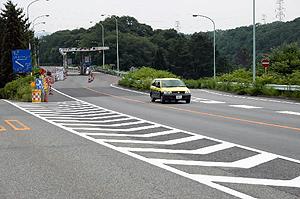 20日から無料開放される尾張パークウェイ=犬山市の今井インターチェンジ付近で