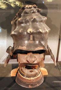 栄螺形兜=幸田町民会館ギャラリーで