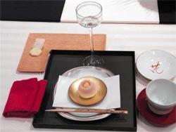 木村ふみさんが提案する「正月をイメージしたテーブルコーディネート」