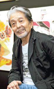 宇野亜喜良さん=2010年、刈谷市美術館で